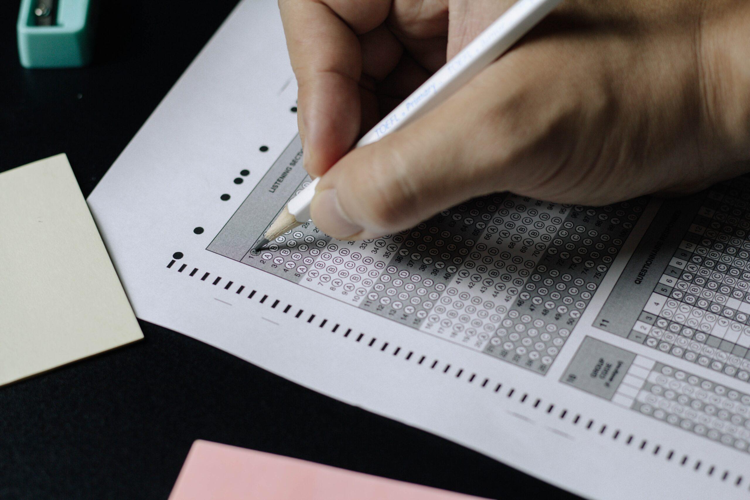 IELTS o TOEFL: ¿Cuál deberías elegir?